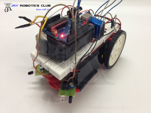 accident avoider robot using arduino
